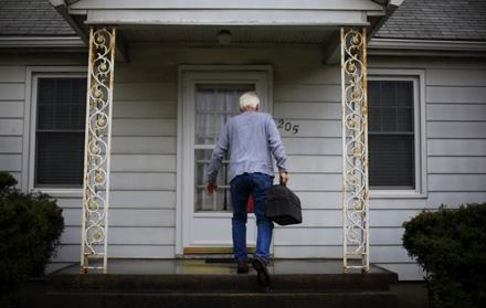 این عکس نشان میدهد که منبع داستان کجا است. John Poole/NPR</p>  <p>