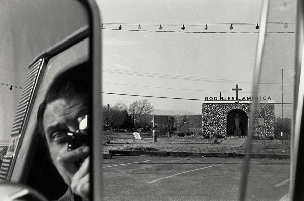 © Lee Friedlander. Route 9W, New York 1969