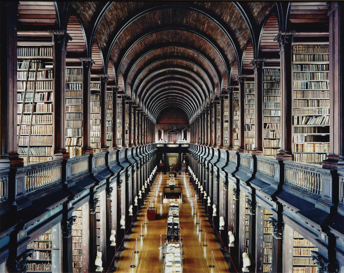 Candida Hofer, Trinity College Library Dublin, 2004